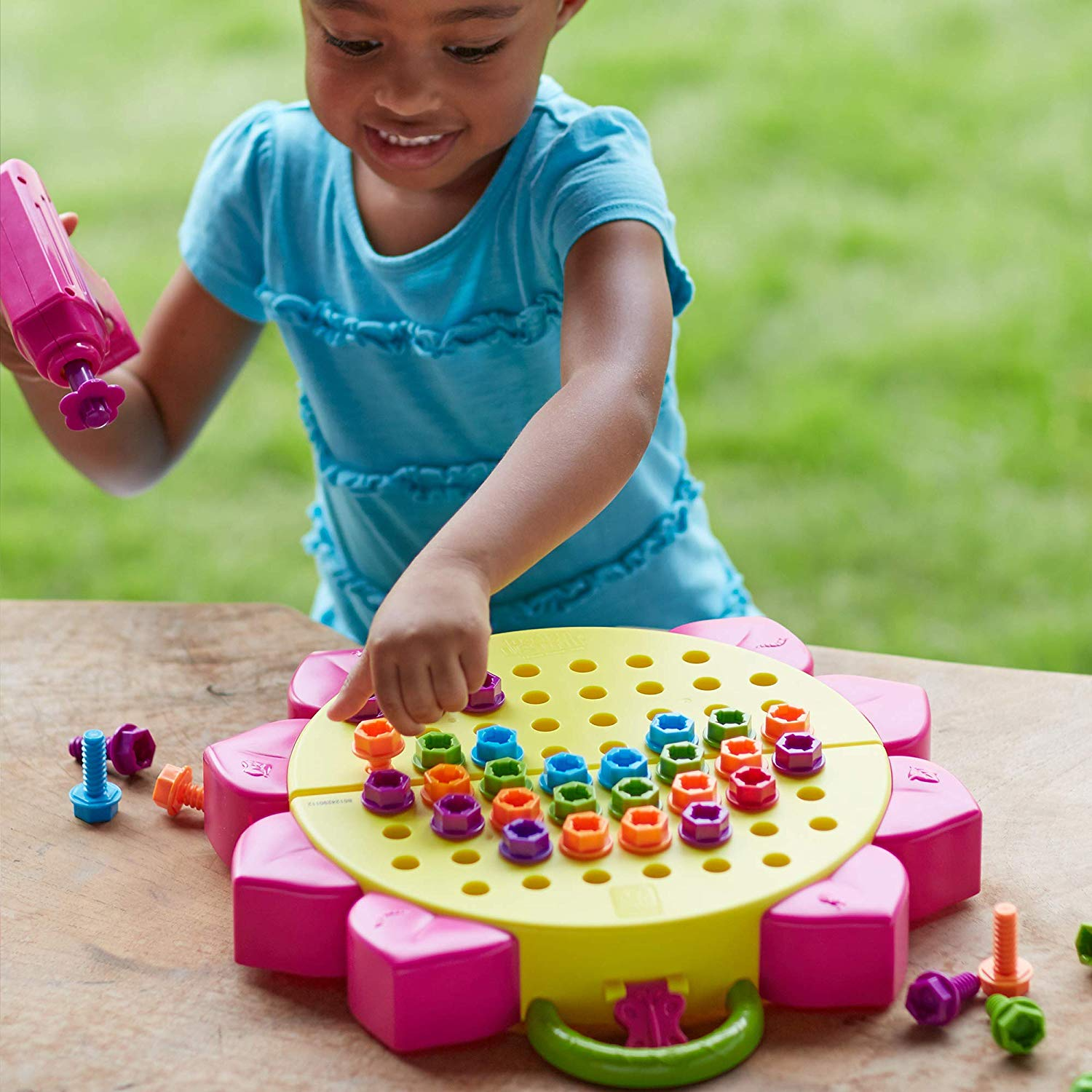Best Stem Toys For Girls To Learn Coding Engineering Science